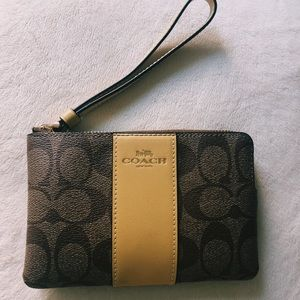 Coach wallet!!!!